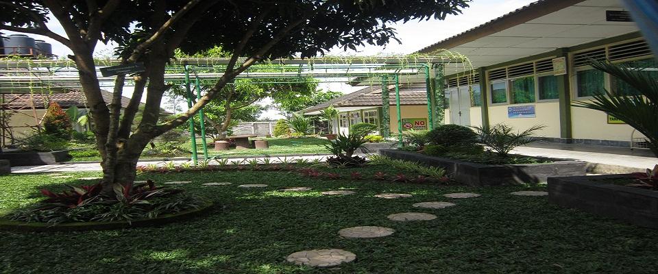 Kunjungan Studi Tiru Sekolah Adiwiyata  Dari SMK N 2 Godean Dan MAN 4 Sleman