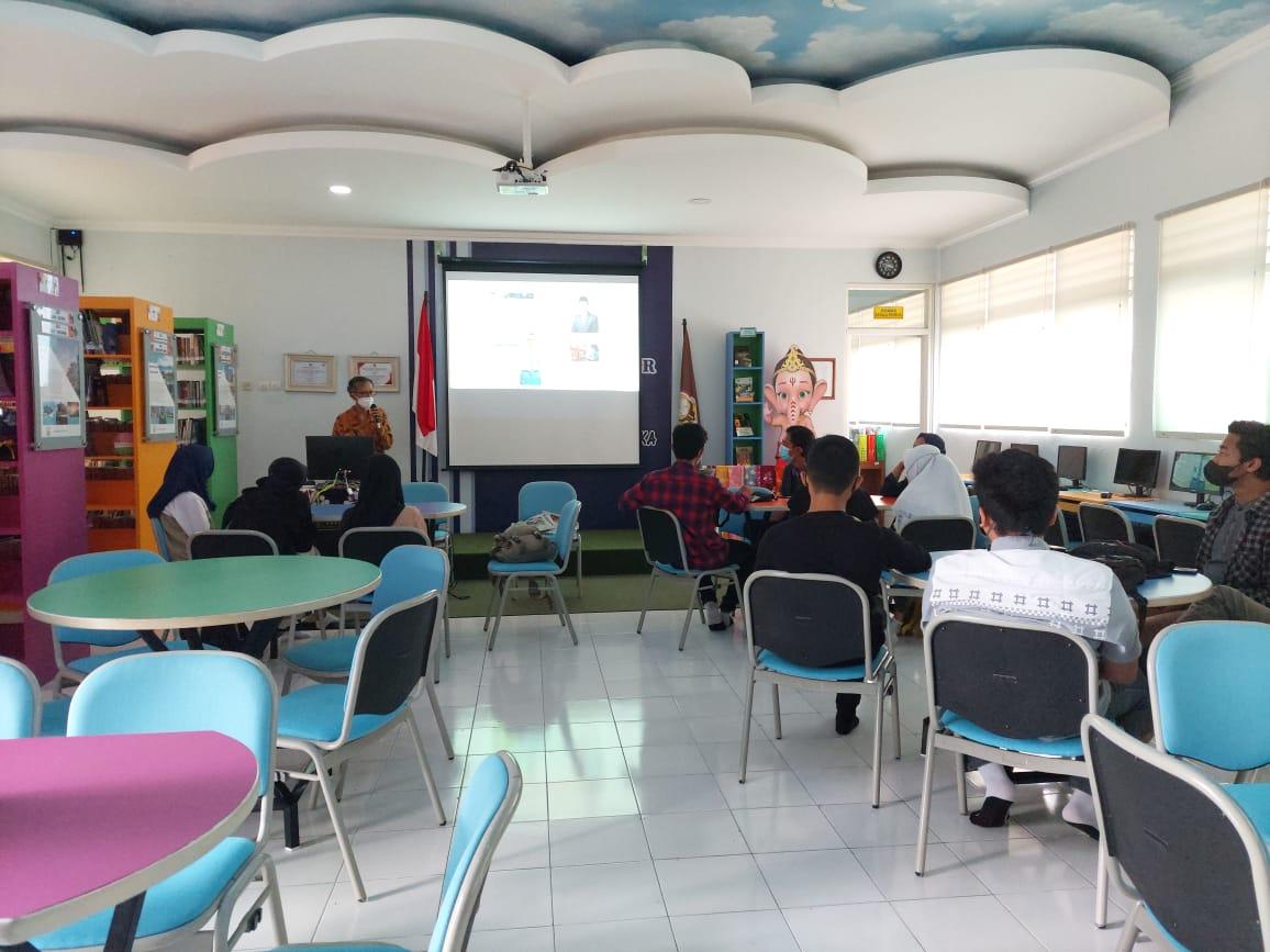Pendampingan  Ekspresi Putih Abu-Abu Tim Jurnalis SMA Negeri 1 Cangkringan